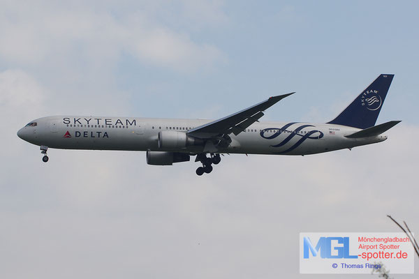 19.06.2014 N844MH Delta / Skyteam B767-432ER
