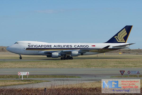20.04.2013 9V-SFP Singapore Airlines Cargo B747-412FSCD