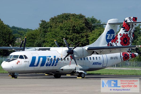29.08.2015 UR-UTE UTair Ukraine ATR 42-300 cn057