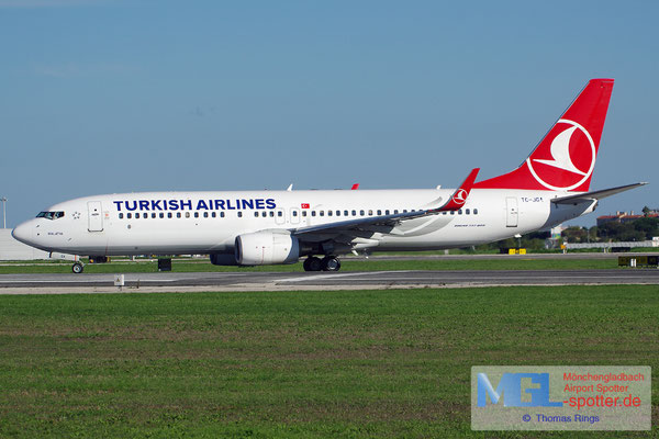27.10.2013 TC-JGA Turkish Airlines B737-8F2/W