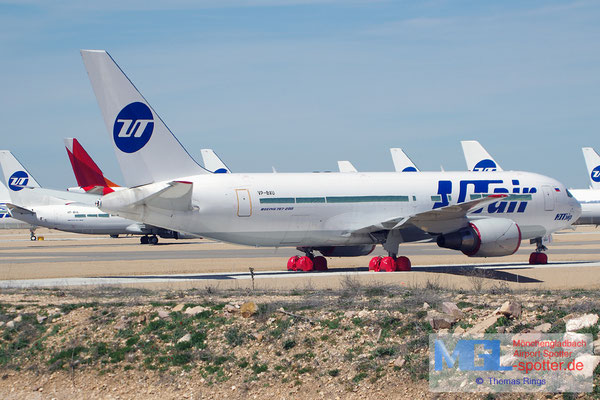 02.04.2015 VP-BAU UTair B767-224ER