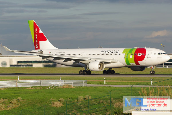02.11.2013 CS-TOI TAP Portugal A330-223
