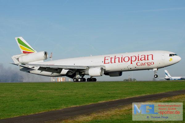 01.04.2012 ET-AML Ethiopian Cargo MD-11F