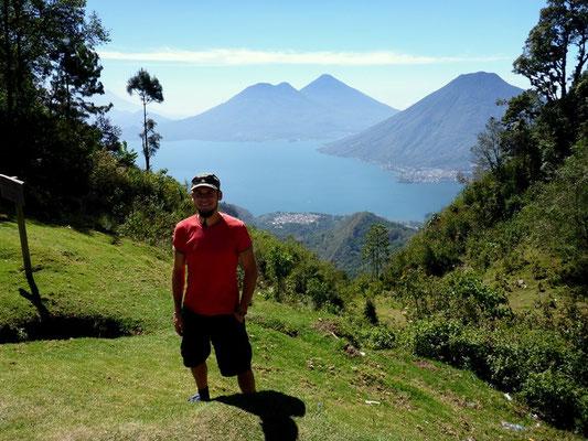 Hoch über dem Lago Atitlan
