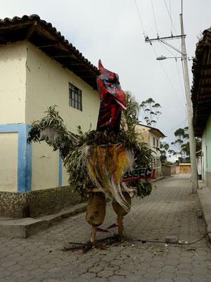 Silvesterfigur in Achupallas
