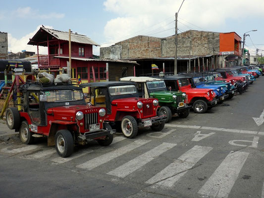 Jeep Willys als Sammeltaxi