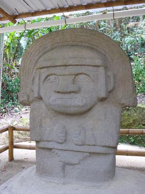 Statuen aus der San Augustiner Kultur