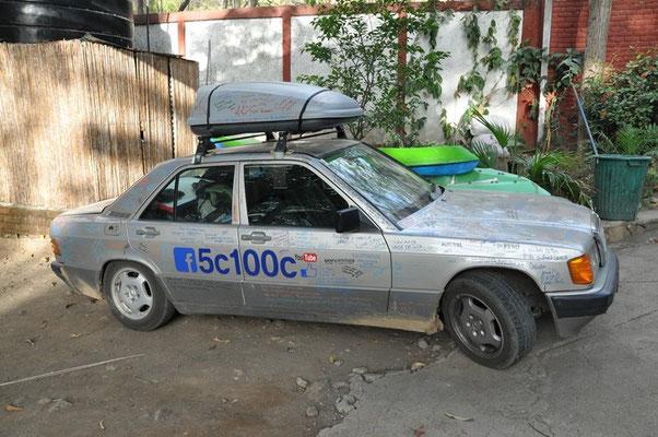 Der coole alte Mercedes...