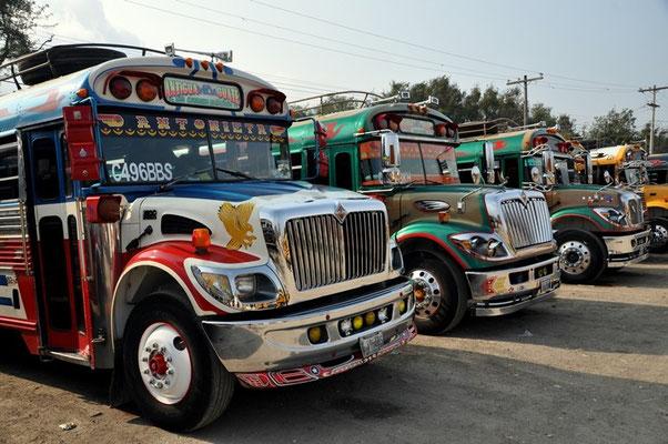 Die schönsten Busse gibt es in Guatemala