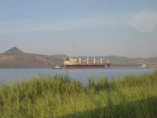 Schöne Blicke auf den Panamakanal