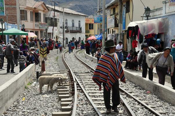 Die Bahngeleise in Guamote