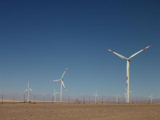 Windenergieanlage in der Nähe von Calama