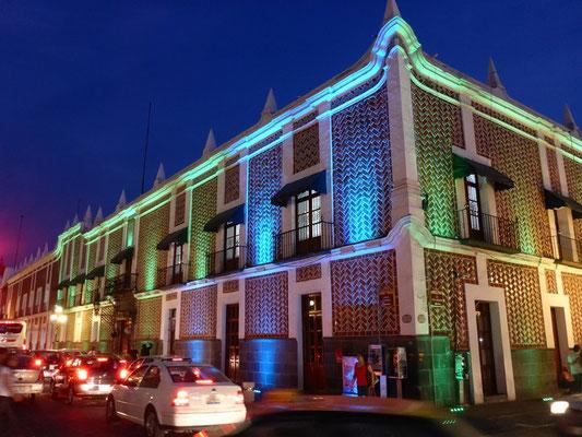 Bei nacht ist Puebla nochmal schöner