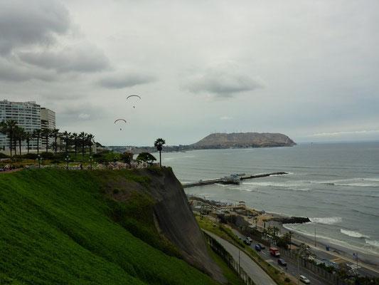 Blick aufs Meer von Miraflores in Lima