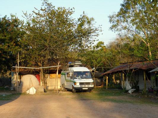 Stellplatz bei honduranischer Familie