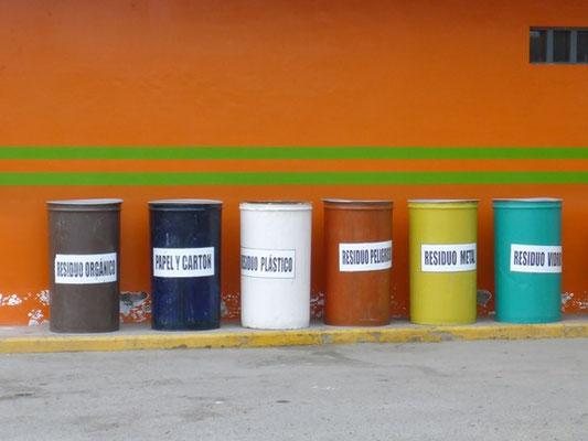 Mülltrennung - Danach wird sowieso alles wieder zusammengemischt...
