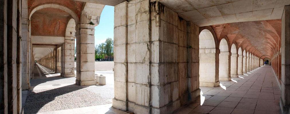 Soportales del Palacio Real Aranjuez 3.