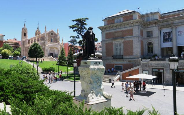Monumento a Goya. Museo del Prado. Madrid