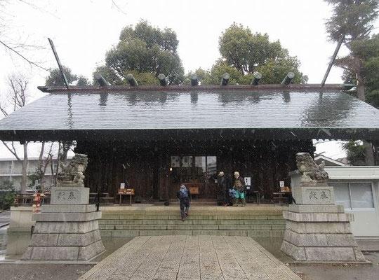 所澤神明社  日本武尊がこの付近で休憩をし、天照大御神に祈りを捧げたという伝説がある 飛行機と空の安全に関する祈願のために参拝に来る人が多い