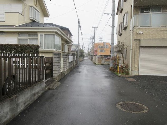 一本木信号の先から旧鎌倉街道へ