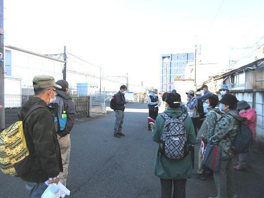 西武新宿線入曽駅東口(14:10解散)  少し早めの解散でした。皆さま、お疲れ様でした。