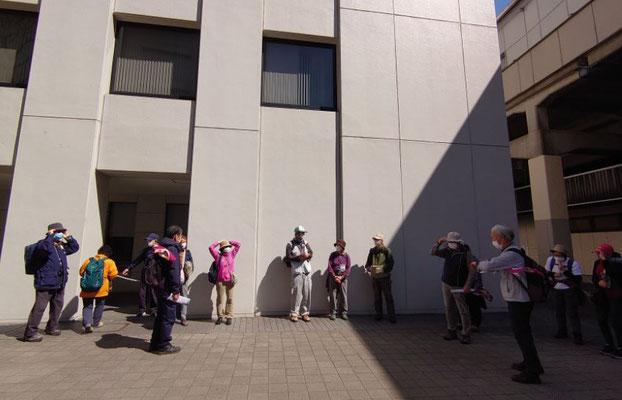 解散式@聖蹟桜ヶ丘駅向かい。