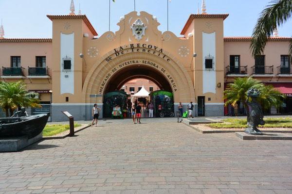 der grosse Markt Señora de Africa in Santa Cruz