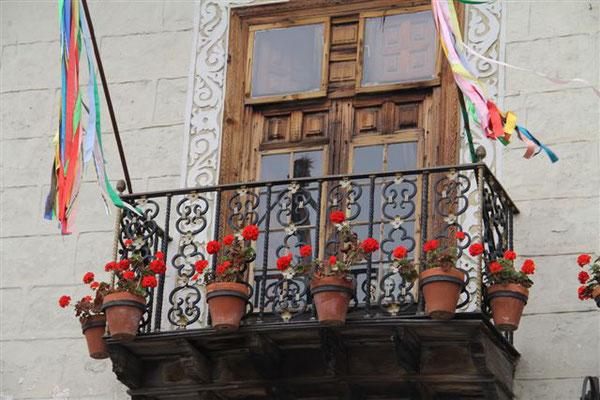 geschmückte Balkone eine kanarische Traditiion
