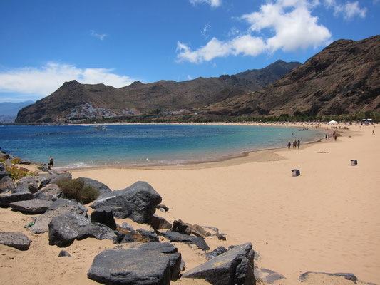 der Teresitas-Strand in der Nähe von Santa Cruz