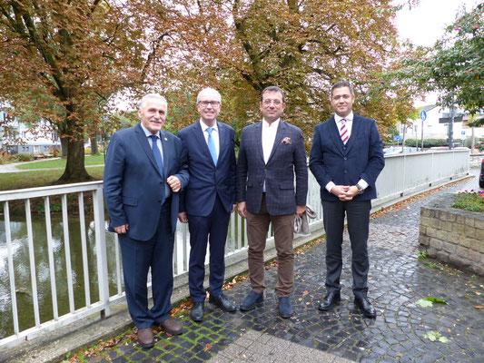 v links: Süleyman Celebi,  Landrat Manfred Müller, Bürgermeister Ekrem Imamoglu und Murat Ongun
