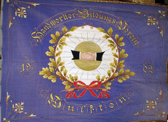 Rückseite der Fahne