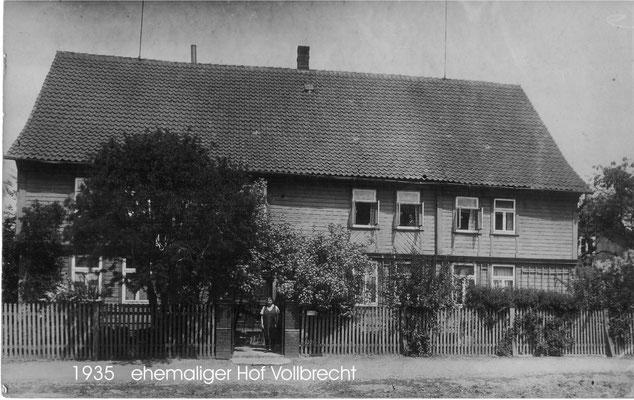 """Geburtshaus von A.E. Borchers, stand an Stelle des heutigen """"Alten Rathauses"""""""