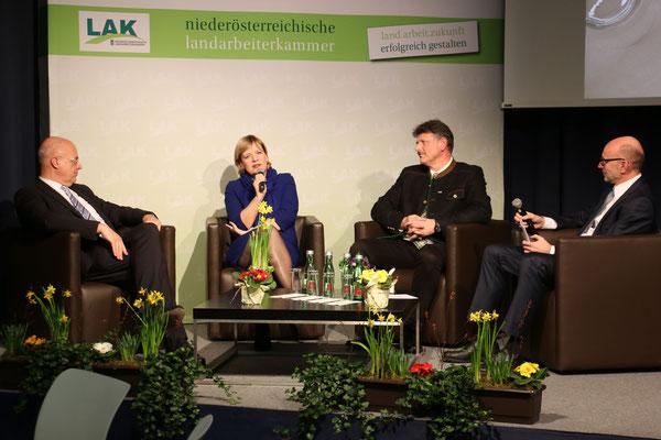 Podiumsdiskussion mit Barbara Schwarz, Wolfgang Mazal, Andreas Freistetter