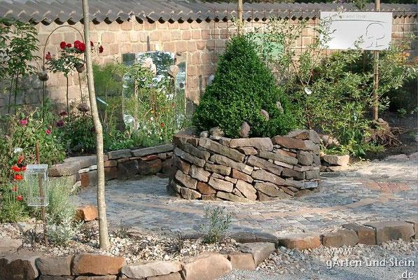 Schräge Trockenmauer