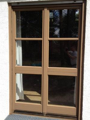 Deckende Fensterbeschichtung, keine Lackierung sondern wasserbasierende Wetterschutzfarbe