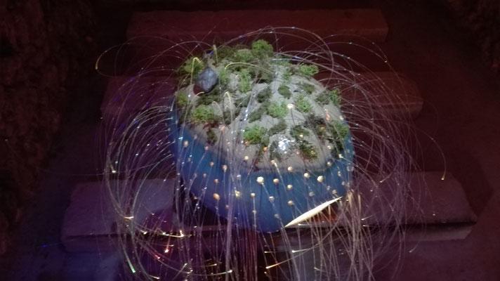 vivere Protozoa [begrünter Einzeller]; Steinzeug bei 1240°C gebr. | vivere Protozoa [planted protozoa]; stoneware fired by 1240°C; © 2017 created by Juliane Leitner