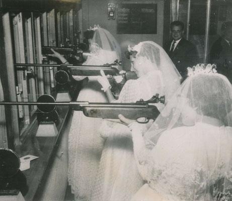 Mariées aux fusils