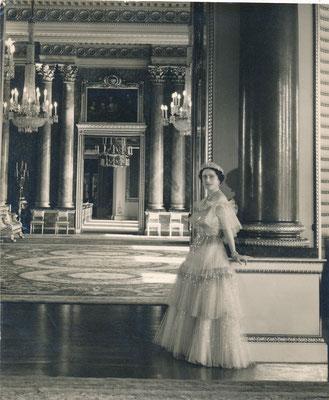 Elisabeth II par Cecil Beaton photographie vintage