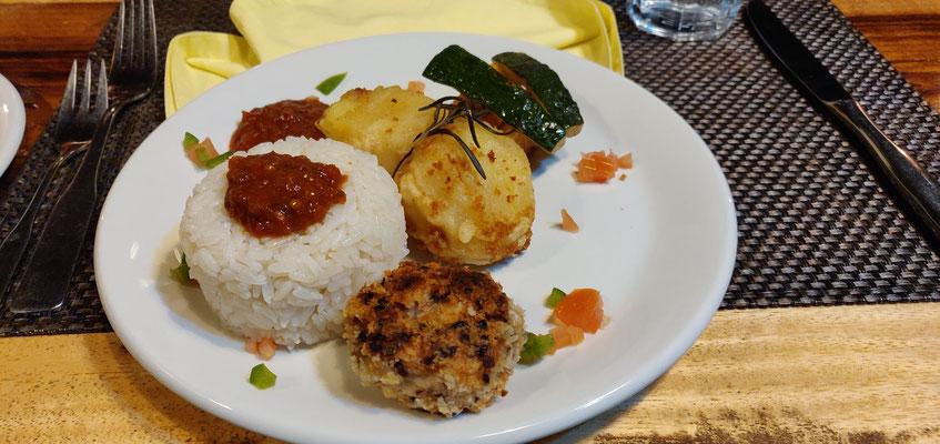 veganes Abendessen in Tansania