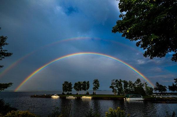 Das ist der Vorteil, wenn es mal regnet - ein Wahnsinns-Regenbogen!