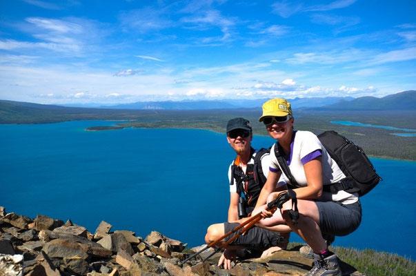 Aussicht vom Gipfel über dem Kathleen Lake