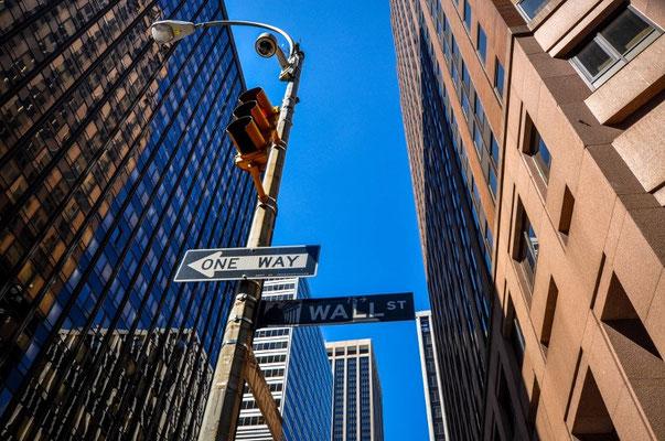 Unsere Erkundungstour starten wir an der Wall Street