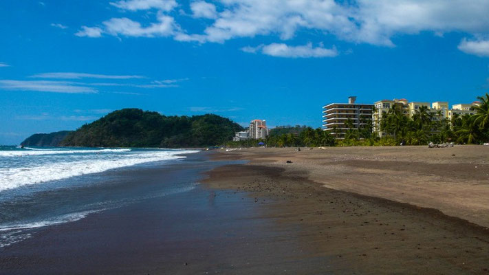 Der Strand in Jacó