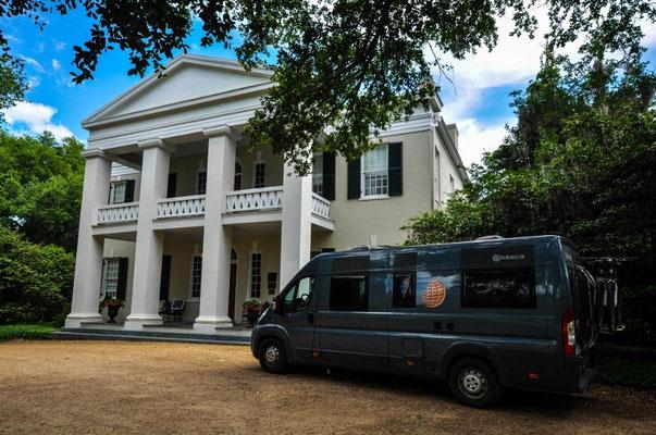 Dunleigh-Villa in Natchez. Das Bussli passt doch dazu, oder?