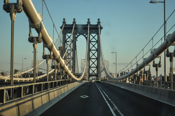 ...Manhattan Bridge