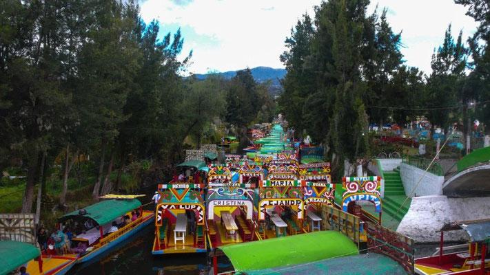 Xochimilco (schwimmende Gärten) - das war uns dann doch zu touristisch