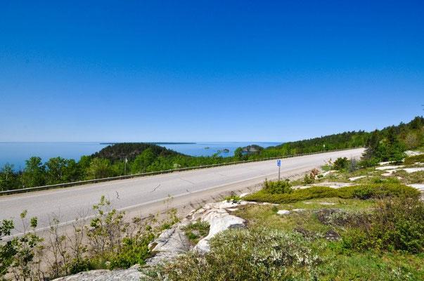 Schöne Fahrt dem Lake Superior entlang
