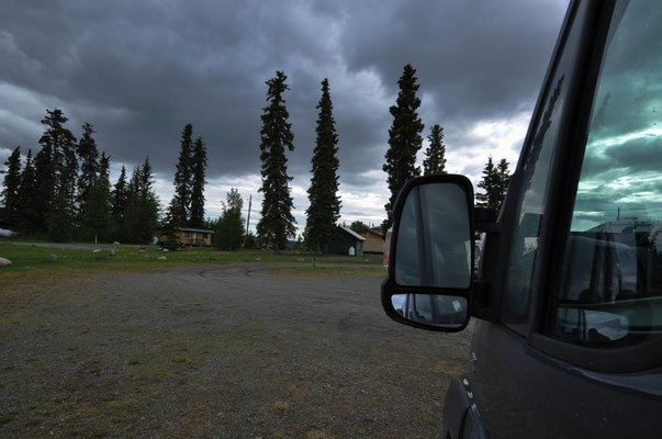 Yukon Motel Campground, Teslin