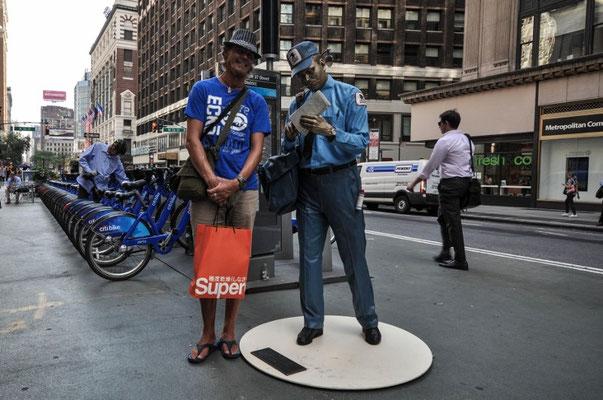 Shopper und Postbote