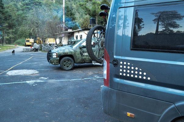 Parque Nationale Lagunas de Zampoala (bei den Militärlern)